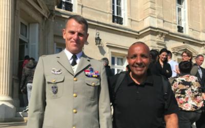 Visite de Benoît Houssay le gouverneur militaire de la zone de défense et de sécurité Sud